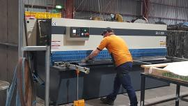 Cutting Sheet Plates with Guillotine Machine at ABBIN